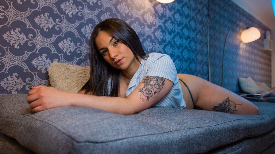 MelissaBestone