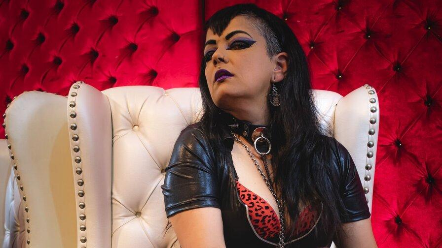 NatashaButler